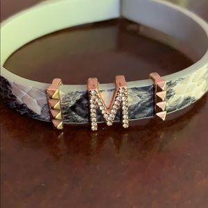 "Snake skin print bracelet with ""M"""